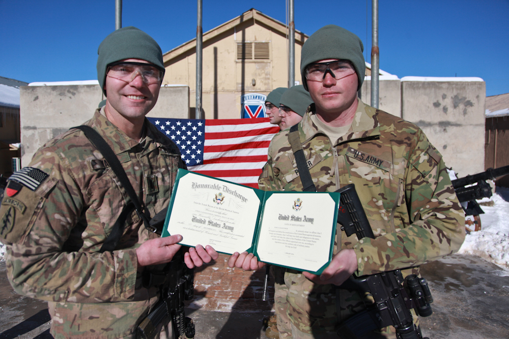 How to Check Military Discharge Status